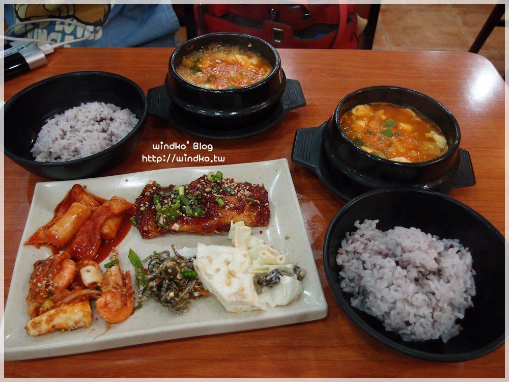 釜山食記∥ 南浦站 豆田裡嫩豆腐콩밭에 – 藏身巷弄內的平價美食&小菜自助式吃到飽