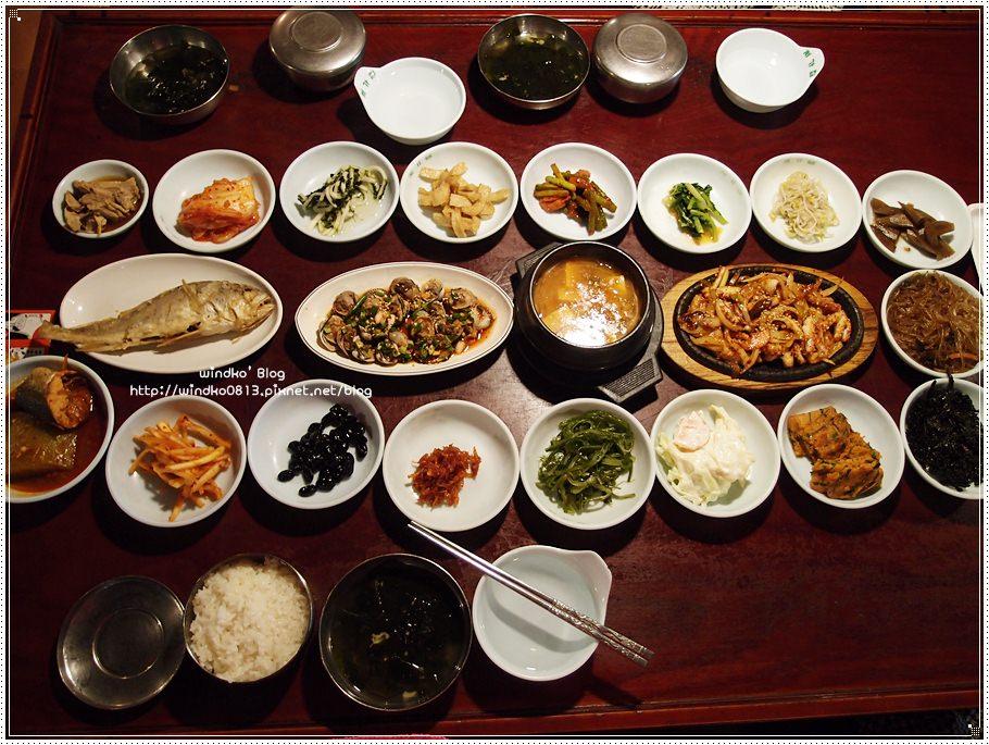韓國首爾食記∥ 市廳站。岳母家韓定食처가집- 35年傳統韓定食,豐盛19道菜色,主餐也很好吃唷,推薦美味