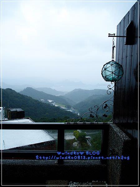 2012sunnyroom_076.JPG
