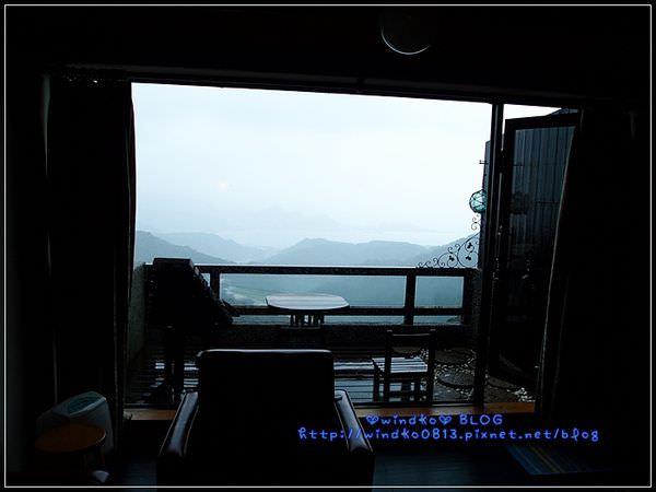 2012sunnyroom_060.JPG