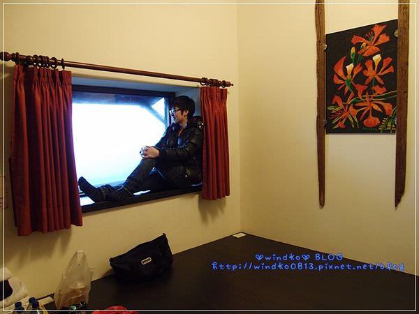 2012sunnyroom_038.JPG